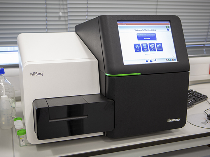 Sequencing equipment